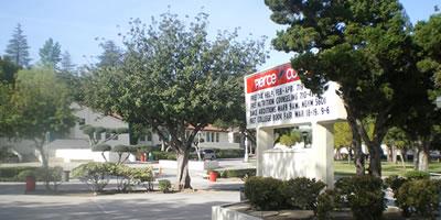 美国皮尔斯大学(Pierce College)校园风景